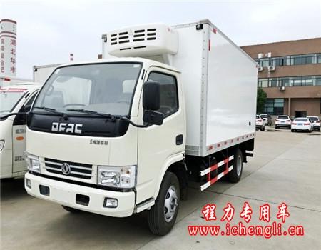 东风小多利卡冷藏车(厢长4.2米)