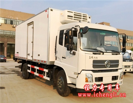 东风天锦冷藏车(厢长7.6米)