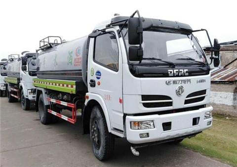 东风福瑞卡8吨洒水车(国五)