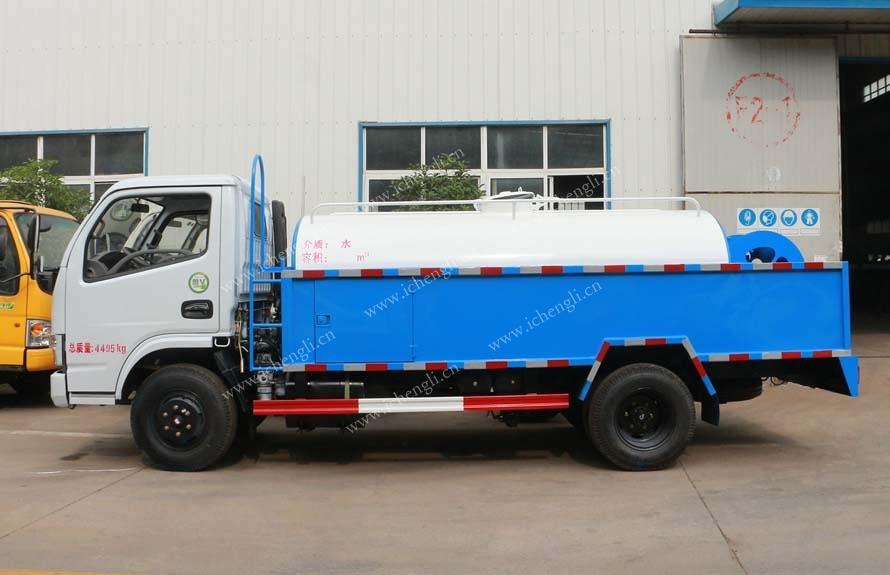 东风多利卡5吨高压清洗车